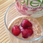 PURELY INSPIRED STRAWBERRY OVERNIGHT OATS